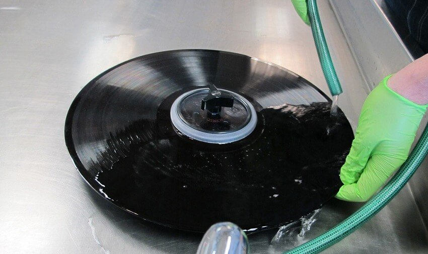 How to Clean Vinyl Records with Vinegar?
